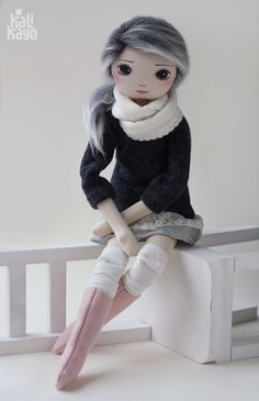 Klara- roma cudna, handmade doll by romaszop (kalikayo - Salvabrani Lol Dolls, Cute Dolls, Doll Crafts, Diy Doll, Doll Toys, Baby Dolls, Creation Couture, Sewing Dolls, Handmade Toys