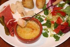 berthoud à l'abondance Menu, Holiday Recipes, Camembert Cheese, Mashed Potatoes, Dairy, Ethnic Recipes, Food, Champs, Sauces