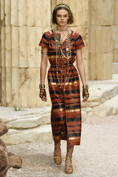 Chanel Cruise 2018. The Modernity of Antiquity.