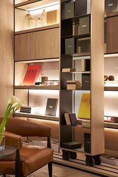 We'll give to you the Minimalist living room tomake your home better with the design you've never seen before. Take a look and enjoy the inspiring design Luxury Homes Interior, Luxury Home Decor, Home Interior Design, Interior Architecture, Luxury Furniture, Home Furniture, Furniture Design, Modern Furniture, Rustic Furniture