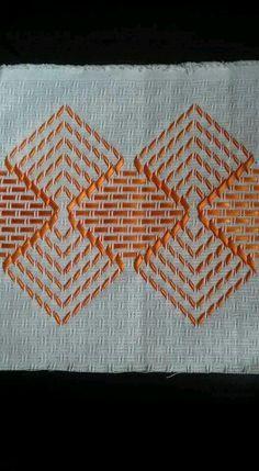 Simple yet effective Swedish Weaving design. Bargello Needlepoint, Needlepoint Patterns, Embroidery Patterns, Swedish Embroidery, Hardanger Embroidery, Cross Stitch Embroidery, Hand Embroidery, Cross Stitch Designs, Cross Stitch Patterns