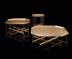 Henge, made in Italy: Octagon table, project by Massimo Castagna.