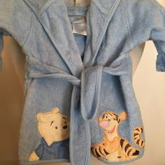 753a30e847 Disney Baby Infant Hooded Bath Robe Winnie the Pooh Tigger 0-9m Baby    Toddler