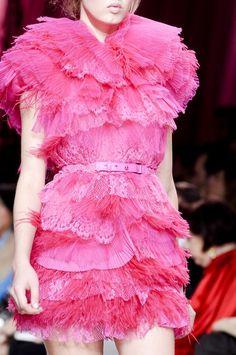 Nina Ricci S/S 2011 (via ♥ pink sizzle! ♥)
