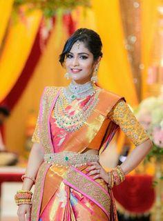 😍The royal wedding anniversary . South Indian Wedding Saree, Indian Bridal Sarees, Wedding Silk Saree, Indian Beauty Saree, Indian Weddings, Saree Wearing Styles, Wedding Saree Collection, Hindu Bride, Kerala Bride