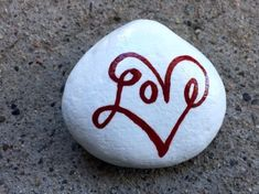 Love Painted Rock For Valentine Decorations Ideas 40 image is part of Love Painting Rock for Valentine Decorations Ideas gallery, you can read and see another amazing image Love Painting Rock for Valentine Decorations Ideas on website Pebble Painting, Love Painting, Pebble Art, Garden Painting, Stone Crafts, Rock Crafts, Arts And Crafts, Rock Painting Ideas Easy, Rock Painting Designs