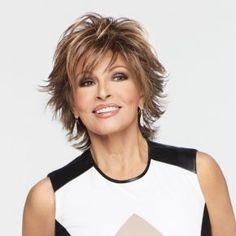 The Trend Setter wig from the fabulous Raquel Welch range, is just gorgeous. A flicky and fabulous style that is flattering to all face shapes.
