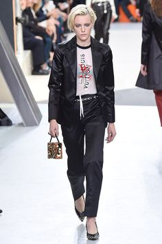 Louis Vuitton - Fall 2015 Ready-to-Wear - Look 45 of 49