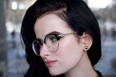 Browline in black-gold.  Featured frame:  122199-c #eyes #eyewear #eyelook #fashion #trends #trending #style #lookbook #lookbook2018 #Goggles4u