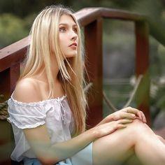 "Polubienia: 504, komentarze: 10 – Nastas'ya Parshina (@nastasya_parshina) na Instagramie: ""Выбралась наконец-то) #волшебство #уличноефото #милашка #love #fairytale #fable #beautiful #cute…"""