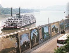 Paddlewheeler on the Ohio River at the Portsmouth Flood Wall Murals Beautiful Places To Visit, Great Places, Places Ive Been, Places To Go, Paducah Kentucky, Flood Wall, Portsmouth Ohio, County Seat, Ohio River