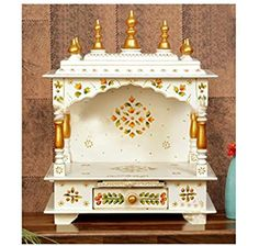 Wooden Temple For Home, Temple Design For Home, Home Temple, Indian Room, Pooja Mandir, Craft Packaging, Puja Room, Gold Paint, House In The Woods