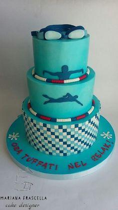 swimming pool cake - cake by Mariana Frascella