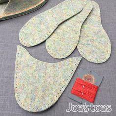 VEGAN lana sin lana fieltro tamaños de la UE Fácil de coser | Etsy West Yorkshire, Kit, Amanda, Shade Card, Possible Combinations, Felted Slippers, Easy, Made Goods, Needle And Thread