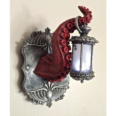 Tentacle Lantern Wall Plaque with LED Light Feature, Red and Pewter Finish Tentakel Laterne Wandtafel mit LED-Licht, rot und Zinn-Finish Gothic Home Decor, Diy Home Decor, Casa Steampunk, Steampunk Interior, Steampunk Bathroom, Gothic Bathroom, Octopus Decor, Goth Home, Tadelakt