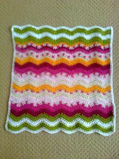 doll blanket in ripple stitch