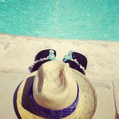 Sombrero y sandalias de playa Pal'Mar. Republica Dominicana. Beach Hats