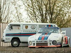 Contemplating getting into the historic racing scene? Bonhams has just the wheels… Porsche Motorsport, Porsche 911 Gt3, Porsche Cars, Vw Camper, Vw Bus, Volkswagen, Gt Cars, Race Cars, Combi T2