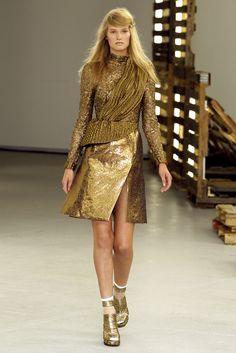 Rodarte - Spring 2011 Ready-to-Wear - Look 11 of 37
