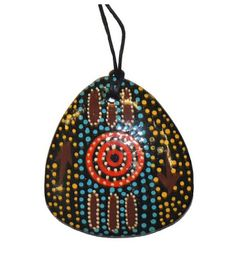 Suze likes, loves, finds and dreams: Australia Week: OzAboriginal Necklace Giveaway