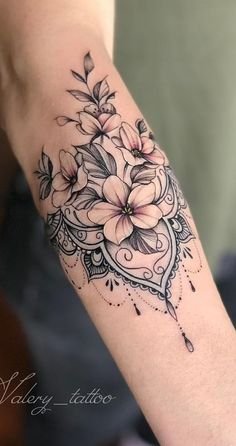 Female Forearm Tattoos 150 Amazing Ideas To Get Inspired T Tattoo id Tattoo . - Female Forearm Tattoos 150 Amazing Ideas To Get Inspired T Tattoo id Tattoo ideen flowertattoos - Beautiful Flower Tattoos, Pretty Tattoos, Sexy Tattoos, Beautiful Flowers, Maori Tattoos, Tatoos, Top Tattoos, Inca Tattoo, Arabic Tattoos