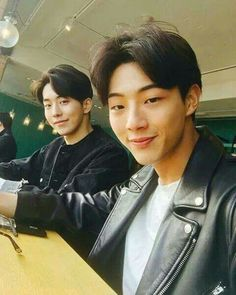 Nam Joo Hyuk and Ji Soo <3                                                                                                                                                                                 More
