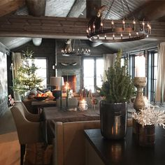 Modern Rustic Homes, Rustic Home Design, Dream Home Design, House Design, Cabin Homes, Log Homes, Log Home Interiors, Industrial Kitchen Design, Wooden House