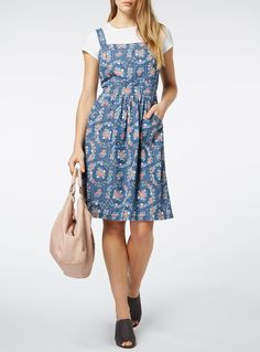Enhance your summer daywear with this denim midi dress, crafted with a delightful floral pattern, square neckline and a shirred back to accentuate your figure. Wear with heeled sandals and a plain tee for the holidays. Denim midi dress Pure cotton Square neckline Shirred back Self-tie back 2 pockets Model's height is 5'11 Denim Midi Dress, Plain Tees, Baby Kids, Summer Dresses, Model, Pattern, Heeled Sandals, How To Wear, Cotton