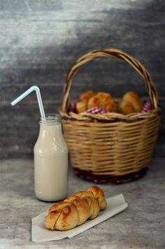 Trecce soffici senza zucchero al latte di cocco e limone - Una V nel piatto - Ricette Vegane e Mondo Vegan