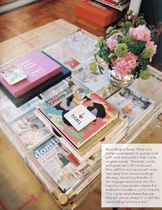 Coffee Table Statement - Fashion magazines and books as decoration | The House of Beccaria#