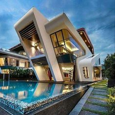 Amazing with Mistral Villa by Mercurio Design Lab to be feature! ________ Visualization Location: Singapore Mercurio Design Lab Tag an architecture lover! Contemporary Architecture, Amazing Architecture, Interior Architecture, Modern Contemporary, Modern Luxury, Futuristic Architecture, Sustainable Architecture, Futuristic Houses, Singapore Architecture