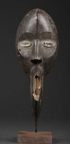 Dan Gägon Mask, Ivory Coast http://www.imodara.com/post/92335012574/ivory-coast-dan-gagon-bird-mask