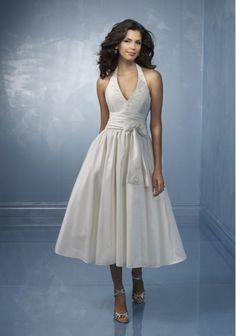 2012 Antique Halter With A Deep V Neck Draped Ball Gown Ankle Length Wedding Dress (SWD-018)