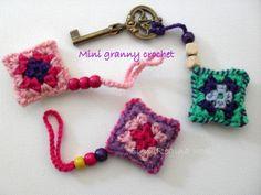 ElenaRegina wool: Mini granny crochet Crochet Art, Crochet Home, Love Crochet, Crochet Gifts, Crochet Patterns, Crochet Squares, Crochet Granny, Granny Squares, Yarn Thread