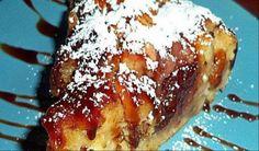 Ένα πανεύκολο και πεντανόστιμο κέικ με μήλα που φτιάχνω πυκνά συχνά,γιατί το λατρεύω.Βγαίνει μαλακό και μελωμένο σαν σιροπιαστό!!!