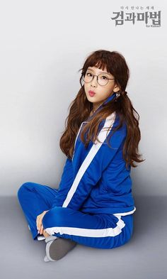 681930a755a4 170107  Sword and Magic for Kakao  Game CF SNSD Taeyeon Kim Hyoyeon