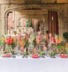 Tropical vintage Havana tablescape in London