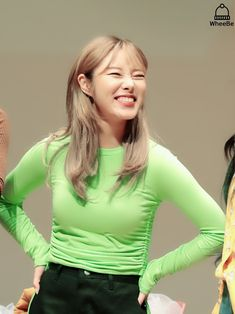 Kpop Girl Groups, Korean Girl Groups, Kpop Girls, K Pop, I Got You Fam, Wheein Mamamoo, You Are Cute, Space Girl, Fandom