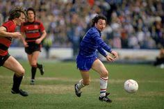Chelsea 1 QPR 0 in April 1985 at Stamford Bridge. Mickey Thomas attacks for Chelsea #Div1