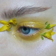 "623 Likes, 5 Comments - Tush Magazine (@tushmagazine) on Instagram: ""We see a trend growing via @thesaraengel #mua #makeupartist #flowers #eyemakeup #closeup…"""