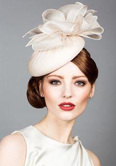 { Fascinator Collection // Rachel Trevor Morgan silk organza pillbox with organza bows } Millinery Hats, Fascinator Hats, Fascinators, Headpieces, White Fascinator, Pelo Vintage, Vintage Hats, Rachel Trevor Morgan, Bridal Hat