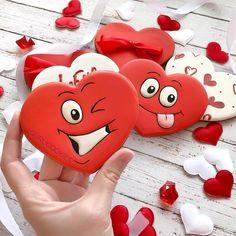 Valentine's Day Sugar Cookies, Heart Cookies, Iced Cookies, Cupcake Cookies, Valentines Cakes And Cupcakes, Valentine Cookies, Valentines For Kids, Valentine Crafts, Valentine Nails