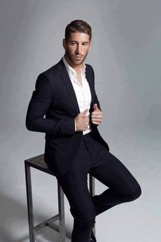 Sergio Ramos ...now go forth and share that BOW DIAMOND style ppl! Lol ;-) xx