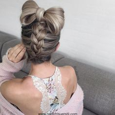 #Neue Frisuren 2017 25 Schöne Frisur-Trends Dominieren 2017  #HaarModelle #Kurze #Bob #Neu #2018HaarModelle #Trendige #best #KurzesHaar #Haarschnitte #HairStyle #Trend #Haarschnitte #HerrlichesHaar #WeißeHaare #HaarmodellIIdeen#25 #Schöne #Frisur-Trends #Dominieren #2017