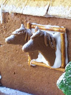 A Gingerbread Barn Raising ~ Find a horse head cookie cutter here: www.chicksaddlery.com/page/CDS/PROD/GCC110