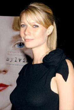 A look at the style of actress, Goop-er and cookbook author, Gwyneth Paltrow over the years...