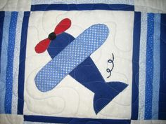 You have to see Andrea's airplane quilt by Yukon Quilter!