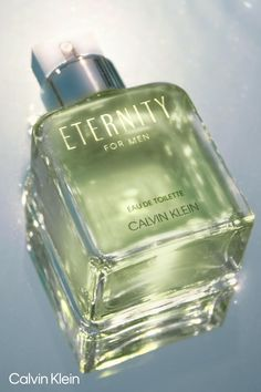 Dior Perfume, Perfume Scents, Perfume Bottles, Fragrance, Calvin Klein Cologne, Calvin Klein Perfume, Beauty Ad, Beauty Skin, Eau De Toilette