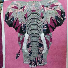 Pink Quilts, Baby Quilts, Craft Patterns, Quilt Patterns, Elephant Quilts Pattern, Biggest Elephant, Animal Quilts, Quilted Wall Hangings, Mermaid Art