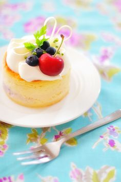American cherry and blueberry cheesecake